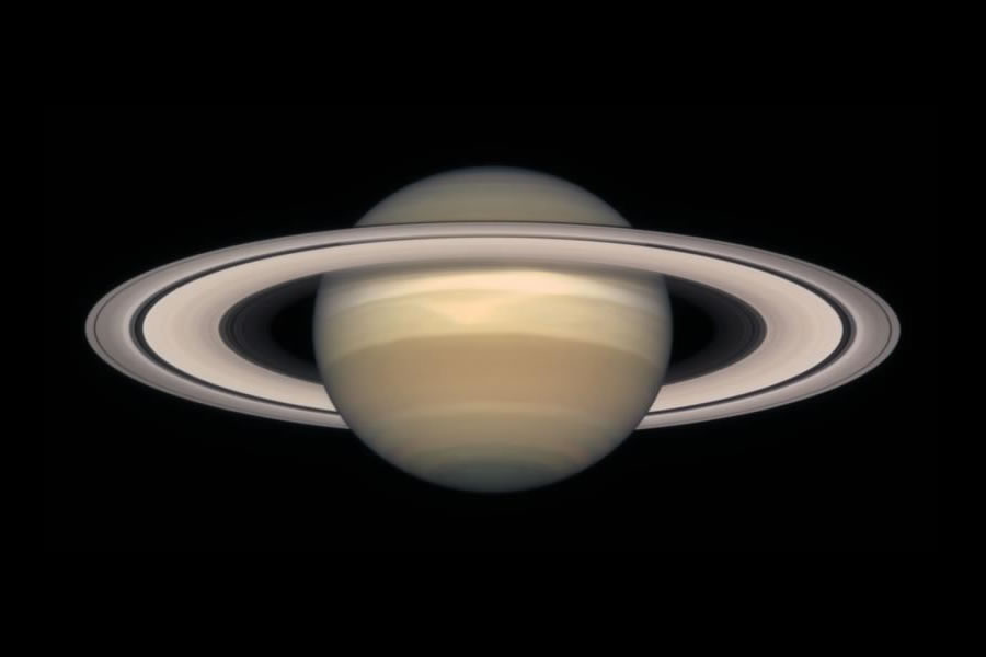 hubble images of saturn - photo #5