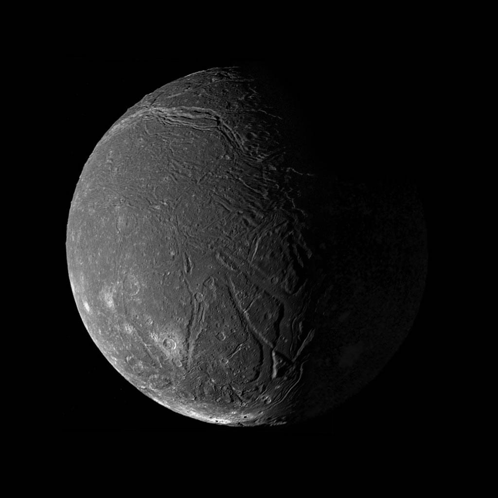 uranus moon bianca - photo #2
